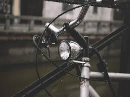 <b>Bicycle</b> headlights and <b>tail lights</b> to make your ride safe | Most ...