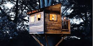 How to Build a Treehouse   Best DIY Tree House