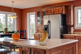 wall color ideas oak: woody fruit kitchen airy kitchen woody fruit kitchen