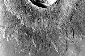 50 метров <b>льда</b>: как образовались марсианские двуслойные ...