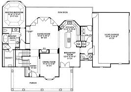 Lots of Bay Windows   DB   st Floor Master Suite  Corner Lot    Floor Plan
