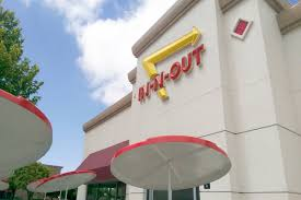 In-N-Out <b>Burger</b>, with <b>retro look</b>, to be built near Allegiant Stadium ...