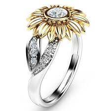 Elegant <b>Zircon Inlaid</b> Gold Sunflower <b>Hollow</b> Platinum Ring ...