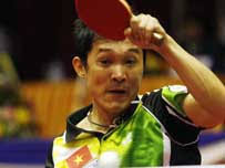 Doan Kien Quoc has made it to the last 32 places at the ongoing 2011 World Table Tennis Championships taking place in Rotterdam, the Netherlands from May ... - kien-quoc-makes-last-32-at-world-table-tennis-championships-670305-kienquoc16011