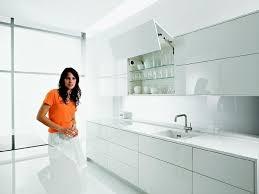Чем <b>мыть</b> кухонные фасады из МДФ, как <b>чистить</b> кухонный ...