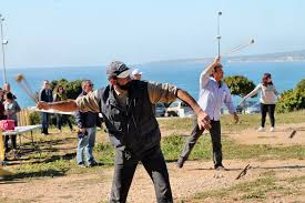 el tir de fona l esport arrelat a les illes fosbury