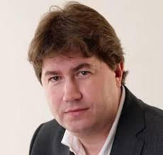 """Los criterios que ha utilizado José Manuel Gordillo son los siguientes: """"el político que interactua con usuarios mediante comentarios y participa o no lo ... - img_15238"""