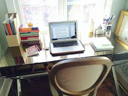 a writer for life flingo i usually write my essays at my desk on a laptop but i m happy writing anywhere coffee and a window even if that place is my car in between a grocery