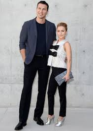 Celebrity Couples With <b>Crazy Height</b> Differences | Tall guys, Tall ...