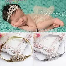Resultado de imagem para bebês com tiara