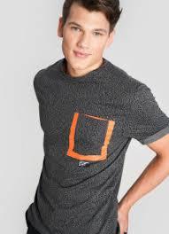 Мужские <b>футболки</b> купить от 299 руб. в интернет магазине O'STIN