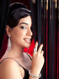 Singer Komal Rizvi Record Deal with HMV Pakistani singing sensation, Komal Rizvi, rose to fame at a very early age. It is, therefore, not surprisingly at ... - singer-komal-rizvi