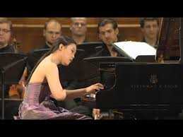<b>Mozart</b> - <b>Piano Concerto</b> No.21, K.467 / Yeol Eum Son - YouTube