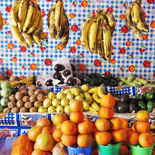 markets photo essay from travel photography facebook ana paula fuentes fruit and tablecloth