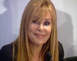 ... Cultura y Deportes, María Isabel García Bolta, presentará a Ana Obregón y Roberto Herrera,