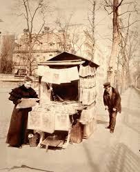 """Résultat de recherche d'images pour """"paris 1900 kiosque journaux"""""""