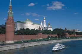 Volga cruise –music playing on board