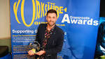 Presenter wins award
