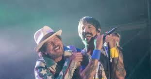 Eddie Vedder and Red Hot Chili Peppers Perform The <b>Cars</b>' '<b>Just</b> ...