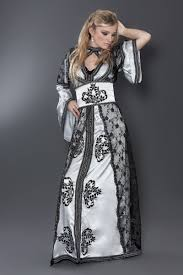 Caftans ♥ images?q=tbn:ANd9GcT