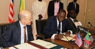 "Image result for images des accords de defenses entre l""Afrique et les usa"