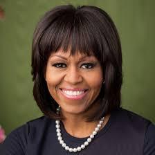 michelle-obama-thumb-2 A primeira-dama dos Estados Unidos, Michelle Obama, confrontou nesta terça-feira uma manifestante que interrompeu seu discurso ... - michelle-obama-thumb-2