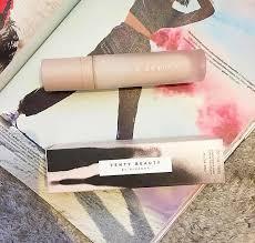 <b>Fenty Beauty</b> Pro Filt'r <b>Soft Silk</b> Hydrating Primer | Review