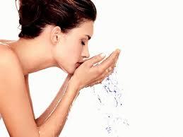 Hasil gambar untuk merawat kulit wajah