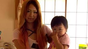 <b>Japan</b> harnesses fashion power of <b>gals</b> - BBC News