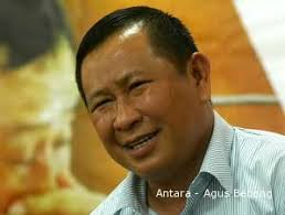 Presiden Susilo Bambang Yudhyono (SBY) rupanya memantau perkembangan dugaan makelar kasus di tubuh Polri yang diungkap mantan Kabareskrim Komjen Susno Duaji ... - 1884298643p