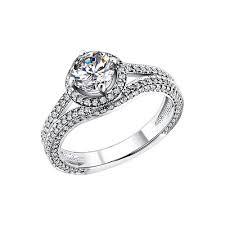 <b>Кольцо</b> из <b>белого</b> золота c <b>крупным</b> чистым бриллиантом ...