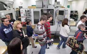 smoky now tips for picking a college major students and parents are given a tour of the engineering design manuafacturing hub where the