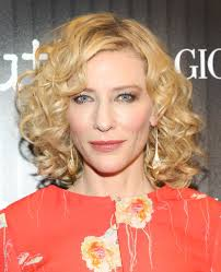the best beauty looks of the week 9 2015 stylecaster cate blanchett went full glam lightly undone retro curls smokey eyes and peachy pink blush the coordinates perfectly her 70s inspired gown
