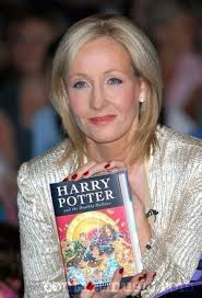 By: Javier Zarzuela, 1BTO B. J.K Rowling was born on 31 July 1965 in the town of Yates in England. She is Peter and Anne Rowling's daughter. - jk