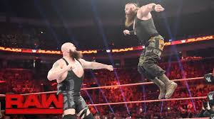 Ring Collapses during Big Show vs. Braun Strowman: Raw, April 17 ...