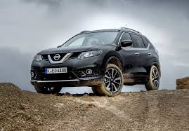 Модернизированный Nissan X-Trail, заглянув в Париж, приедет в ...