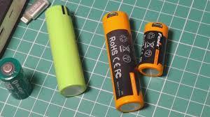 <b>Аккумуляторы 18650</b> / 16340 / АА <b>Fenix</b> с Micro USB портами ...