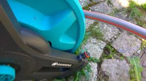 Gardena обзор катушки и шлангом для полива - YouTube
