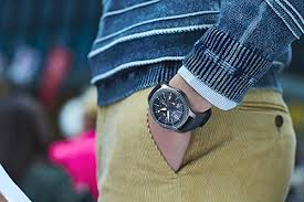 Top 5 <b>Men's Smart Watches</b> That Every <b>Man</b> Wishes To Have
