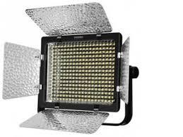 <b>Накамерный свет</b> светодиодный <b>Yongnuo YN</b>-320 <b>LED</b> 3200-5500K