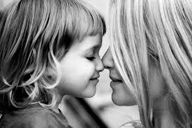 Znalezione obrazy dla zapytania miłość matki