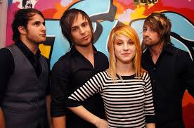 <b>Paramore's</b> '<b>Riot</b>!' Producer David Bendeth Reflects on Album 10 ...