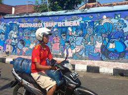 yogyakarta street art photo essay travelnuity yogyakarta street art
