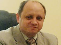 Photo: Russian political scientist: Russian is not only holder of keys to negotiations over - Eduard_Popov_200510_2