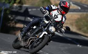 MO Tested: <b>Michelin Road 5</b> Tire Review
