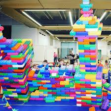<b>Гигантский конструктор</b> Мега-Лего для самых безумных проектов ...