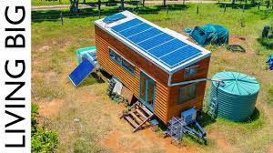 Amazing Off-The-Grid Tiny House Has Absolutely Everything ...