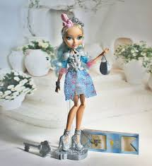 <b>Ever After High</b> Дарлинг Чарминг, обзор <b>базовой</b> версии куклы