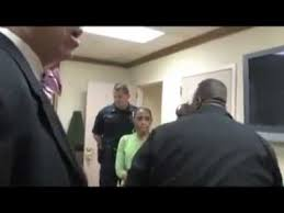 Dr. Mike Freeman demand that Pastor Joel be escorted by 6 police ...
