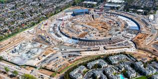 apple s tim cook leads different com apple construction new corporate campus cupertino ca